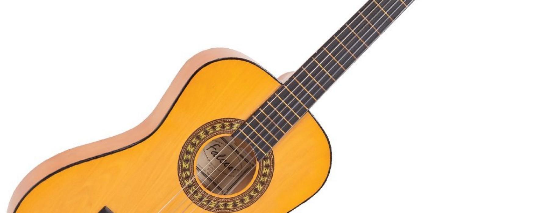 Falcon 3/4 Size Classic Guitar – Natural