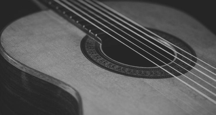 Ashton OM24TSB Acoustic Guitar Review
