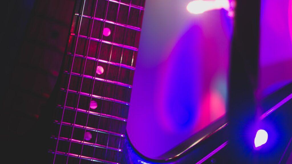 Electric guitar donner neck